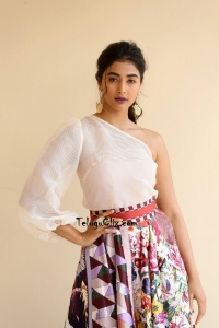 Pooja Hegde Latest Photos HQ