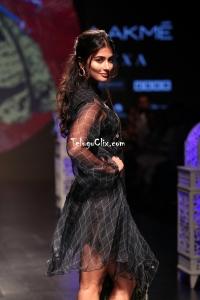 Pooja Hegde HQ Ramp Walk at Lakme Fashion Week 2019