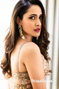 Pragya Jaiswal HD