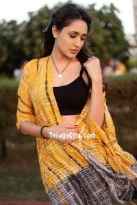Pragya Jaiswal Pics New