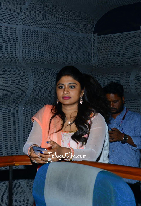 anchor-praveena-kadiyala-pics-1.jpg