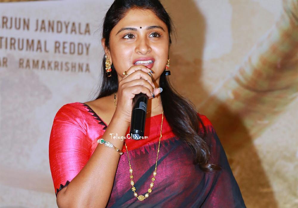kadiyala-praveena-32.jpg