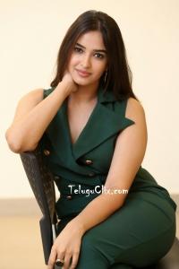 Pujita Ponnada HQ Photos