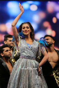 Raai Laxmi Dance Perfomance at Siima Awards 2019
