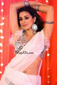 Raai Laxmi Latest Saree Navel HD Photos