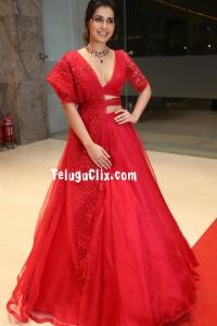 Raashi Khanna HD at WFL Pre Release