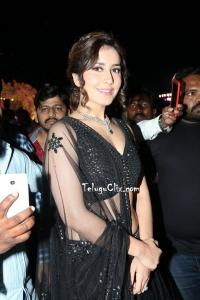 Raashi Khanna in Black