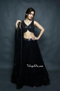 Raashi Khanna in Black Dress Navel