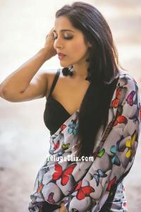 Rashmi Gautam in Saree HQ