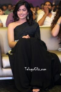 Rashmika Mandanna Cute HQ Pics