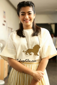 Rashmika Mandanna Cute HD Stills