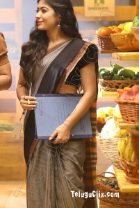 Rashmika Mandanna Ultra HD in Saree Bheeshma