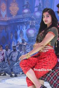 Rashmika Mandanna HD Sarileru Neekevvaru
