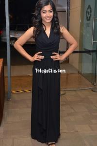 Rashmika New HD Pics