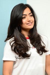 Rashmika Mandanna New Pics)