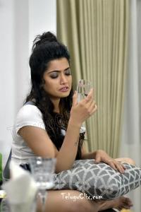 Rashmika Mandanna HD in Geetha Chalo