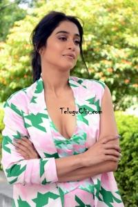 Regina Cassandra Recent Photos