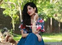 Ritika Singh HD images