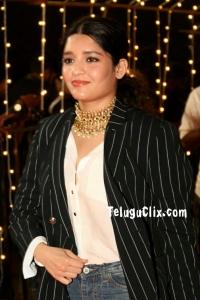 Ritika Singh 2020