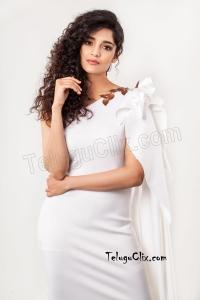 Ritika Singh HD