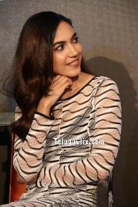 Ritu Varma HD Pics