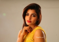 Sai Dhanshika HD Wallpaper