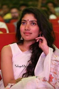 Sai Pallavi in Saree HQ Photos