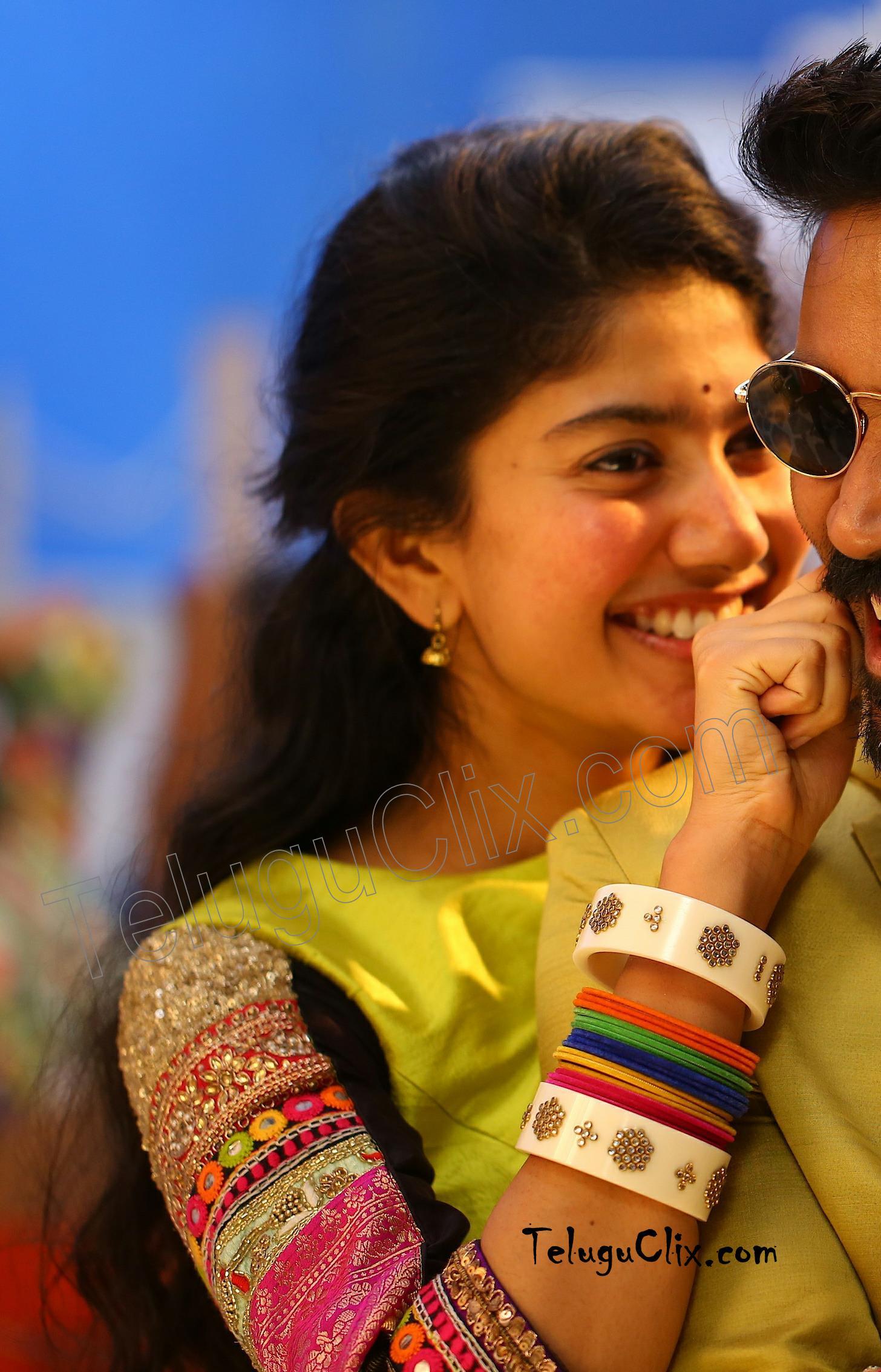 Sai Pallavi In From Maari 2 Movie Hd Hq Photos Images Stills Pics