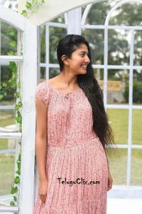 Sai Pallavi HD in Anukoni Athidhi