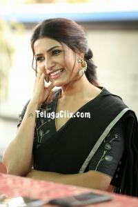 Samantha Akkineni in Saree HD Photos