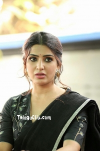 Samantha Akkineni in Saree HQ Photos