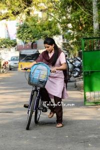 Samantha in School Dress Majili Movie HD