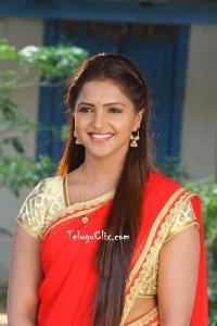 Sanchita Padukone in Half Saree HD