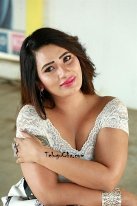 Sanjana Naidu Hot Pics
