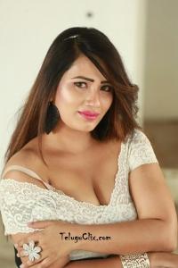 Sanjana Naidu Spicy Pics