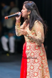 Singer Satya Yamini HD