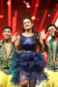 Shanvi Dance Perfomance at Siima Awards 2019