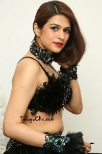 Shraddha Das HD Navel Pics