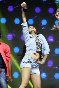 Shreya Vyas Navel Dance Perfomance