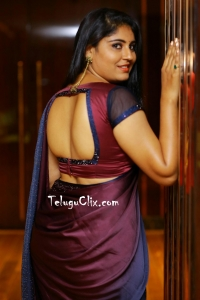 Sonia Chowdary in Saree HD Photos