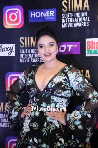 Anchor Sree Mukhi at Siima Awards 2021