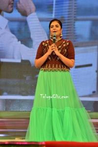 Anchor Sree Mukhi HD Maharshi Vijayotsavam