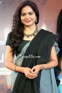 Sunitha in Saree HD Pics