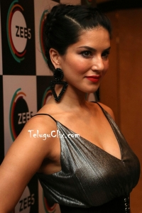 Sunny Leone Latest HD Photos