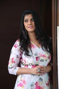 Varalaxmi Sarathkumar New Photosar-new-photos- (42)