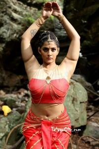 Varalaxmi Sarathkumar HD Hot Navel in Naga Kanya