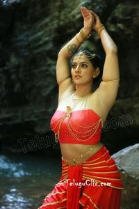 Varalaxmi Sarathkumar HD Hot in Naga Kanya