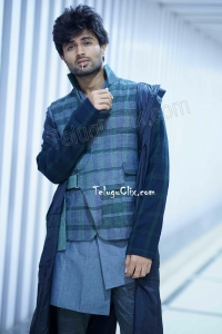 Vijay Deverakonda HD Stills