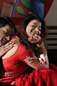 Yamini Bhaskar in Saree Ultra HD