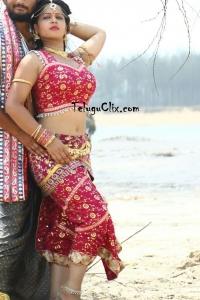Zaara Khan in Durmargudu Movie